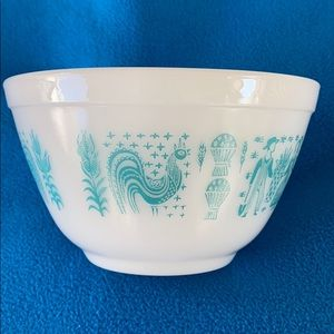 Pyrex 1 ½ Pint Bowl Amish Butter Print Vintage
